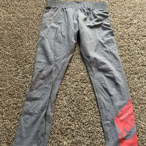 Youth Nike leggings